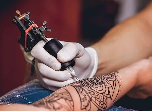 Tattoo Artist Qualifications